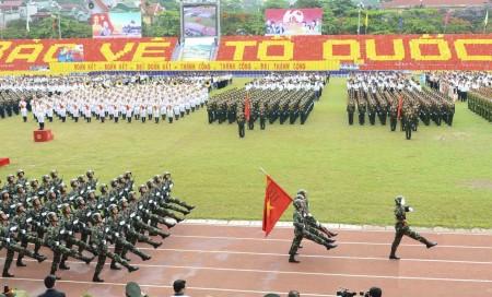 Diễu binh kỷ niệm 60 năm Chiến thắng Điện Biên Phủ.