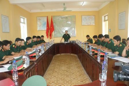 Phó Chính ủy kiểm tra tại Trung đoàn 174.