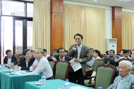 Hội nghị thu hút rất nhiều ý kiến đóng góp của các nhà khoa học, giảng viên môn Lịch sử.