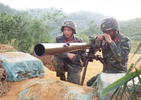 Khẩu đội ĐKZ lấy phần tử bắn tiêu diệt mục tiêu trên hướng chủ yếu trong diễn tập.