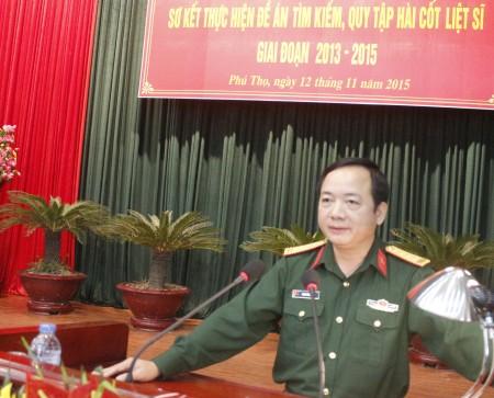 Đại tá Trịnh Văn Quyết, Phó Chính ủy Quân khu phát biểu khai mạc hội nghị.