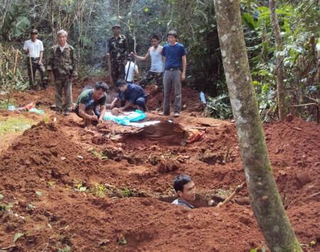 Nhiệm vụ tìm kiếm, quy tập hài cốt liệt sĩ quân tình nguyện Việt Nam nhận được nhiều sự giúp đỡ của nhân dân các tỉnh Bắc Lào.