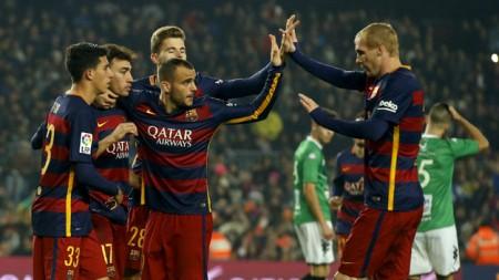 Các cầu thủ Barcelona có trận đấu tưng bừng trước Villanovense - Ảnh: Reuters
