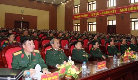 Các đại biểu về dự buổi gặp mặt.