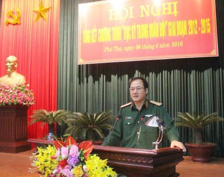 Thượng tướng Phương Minh Hòa, Phó Chủ nhiệm TCCT phát biểu chỉ đạo tại hội nghị.