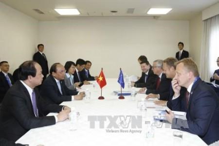 Thủ tướng Nguyễn Xuân Phúc gặp Chủ tịch Ủy ban Châu Âu Jean-Claude Juncker và Chủ tịch Hội đồng Châu Âu Donald Tusk.