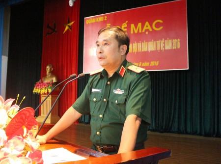 Thiếu tướng Phùng Sĩ Tấn phát biểu chỉ đạo hội nghị.