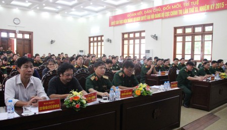 Các đại biểu dự khai mạc Trại sáng tác.