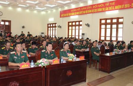 Các đại biểu tham dự Lễ khai trương Báo Quân khu 2 điện tử.