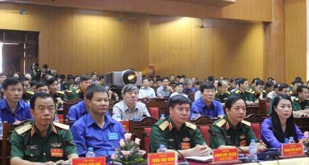 Đại biểu tham dự Khai mạc diễn tập KVPT tỉnh Vĩnh Phúc năm 2016.