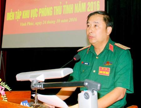 Thiếu tướng Phùng Sĩ Tấn, Ủy viên Ban Thường vụ Đảng ủy, Phụ trách Tư lệnh Quân khu chủ trì khai mạc diễn tập.