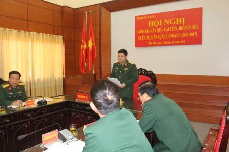 Thiếu tướng Nguyễn Hồng Thái, Phó Tư lệnh Quân khu phát biểu tại điểm cầu Quân khu.