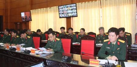 Các đại biểu tại lớp tập huấn điểm cầu Quân khu.