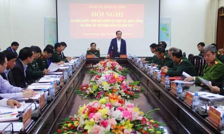 Đồng chí Chẩu Văn Lâm, Bí thư Tỉnh ủy, Bí thư Đảng ủy Quân sự tỉnh chủ trì, kết luận hội nghị.