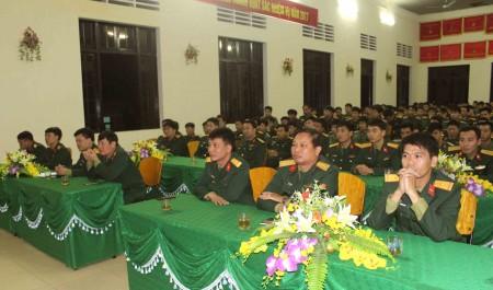 Các đại biểu dự buổi tuyên truyền.