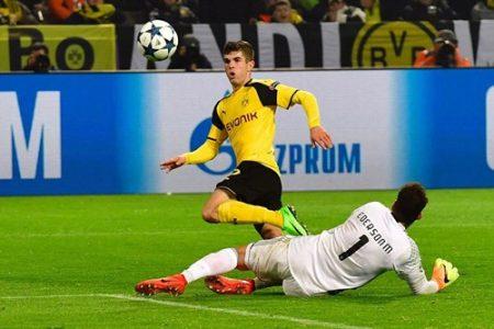 Pulisic góp công một bàn trong chiến thắng đậm 4-0 của Dortmund. Ảnh: Dailymail