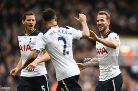 Tottenham nỗ lực bảo vệ vị trí thứ hai trước sự bám đuổi sít sao của Man City. Ảnh: Getty
