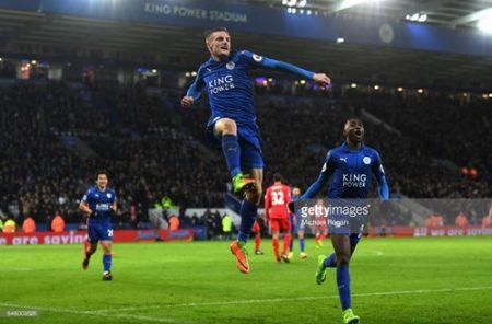 """Vừa thay """"tướng"""", Leicester lập tức có chiến thắng. Ảnh: Getty"""