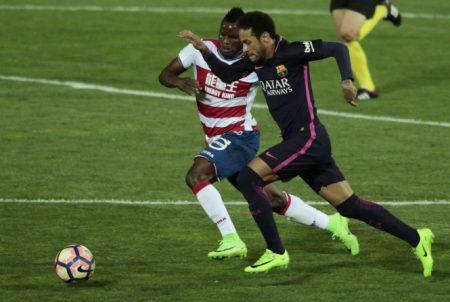 Neymar (10) cũng có trận đấu khá tốt khi đóng góp 1 bàn thắng. Ảnh: REUTERS