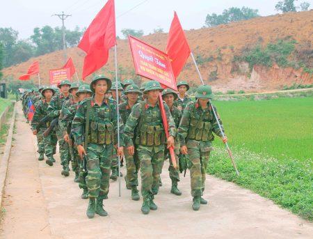 Tuổi trẻ Lữ đoàn xung kích trong nhiệm vụ huấn luyện.
