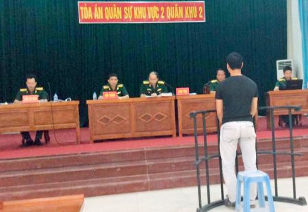 Tòa án Quân sự Khu vực 2 mở phiên tòa hình sự sơ thẩm công khai xét xử bị cáo Đỗ Văn Thìn.